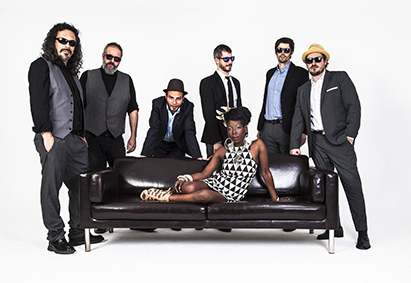 Shirley Davis & The Silverbacks